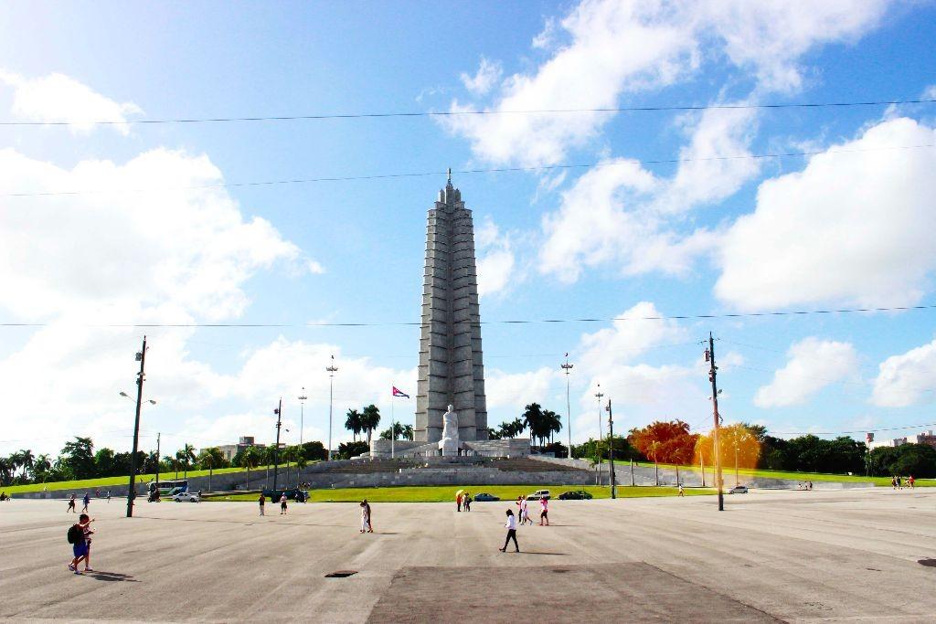 Havanna_Plaza_de_Revolucion