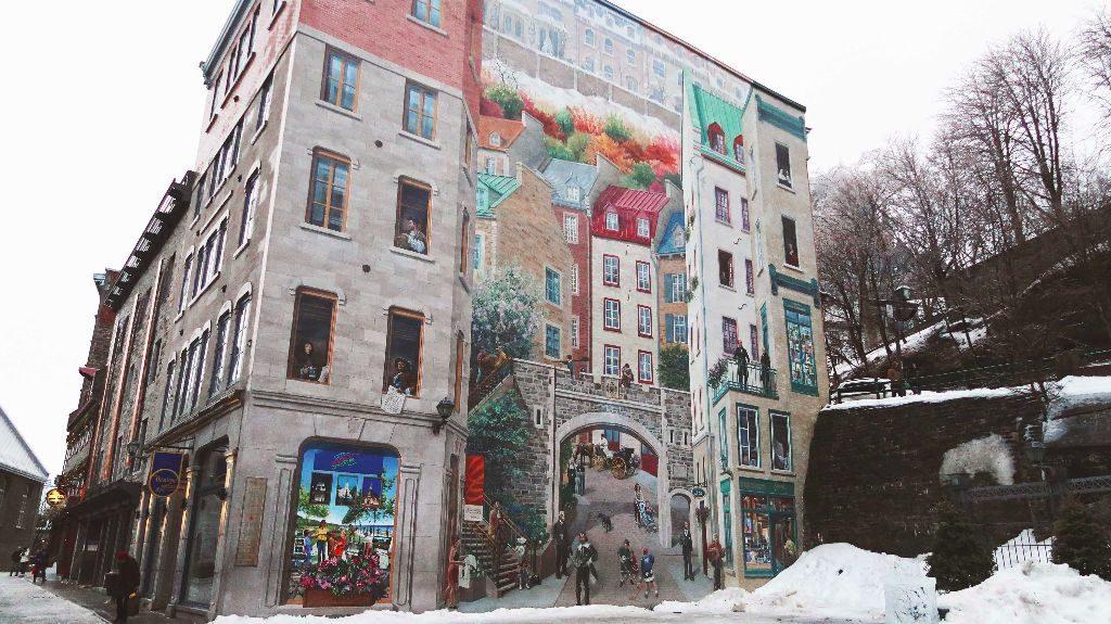 Quebec_Place Royal Street Art