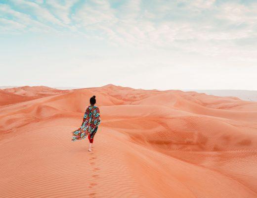 Frau, Oman Wüstenerlebnis, Wüstencamp